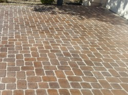 Driveway Paver Sanding and Sealing